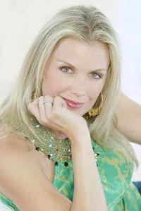 Katherine Kelly Lang dans un soap Australien!