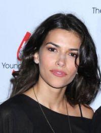 Sofia Pernas (Marisa) dans le pilote d'une nouvelle série