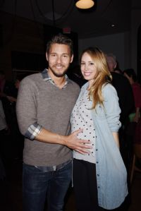 Carnet Rose : Scott Clifton est papa !