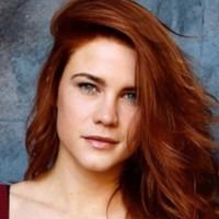 Courtney Hope (Sally Spectra dans Amour, Gloire et Beauté – Top Models) récompensée par le monde du jeu vidéo