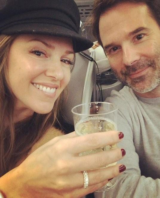 Carnet Blanc : Elizabeth Hendrickson (Chloe des Feux de l'Amour) est fiancée !