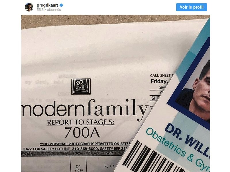 Greg Rikaart (ex Kevin Fisher des Feux de l'Amour) dans Modern Family