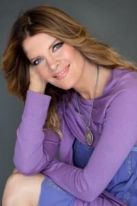 Michelle Stafford approuve le cast de Gina Tognoni