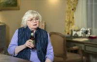 June Squibb dans Devious Maid