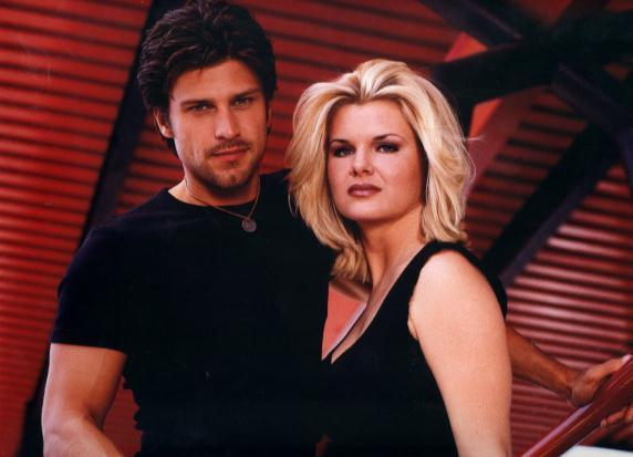 Greg Vaughan et Heather Tom en 2003