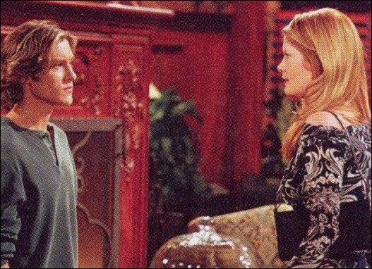 Danny et Phyllis (Michelle Stafford)