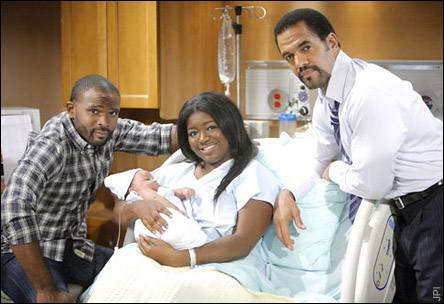 Malcolm (Darius McCrary), Sofia (Julia Pace Mitchell), Moses et Neil (Kristoff St. John) Winters