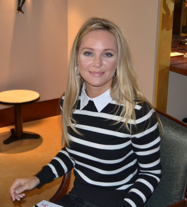 Sharon Case ©Soap-Passion.com