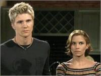 Les Feux de l'Amour, épisode N°8020 diffusé le 1 décembre 2004 sur cbs aux USA