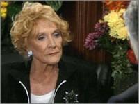 Les Feux de l'Amour, épisode N°8012 diffusé le 17 novembre 2004 sur cbs aux USA