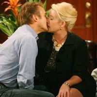 Les Feux de l'Amour, épisode N°9029 diffusé le 24 novembre 2008 sur cbs aux USA