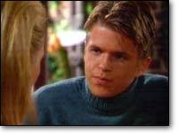 Les Feux de l'Amour, épisode N°7035 diffusé le 22 décembre 2000 sur cbs aux USA