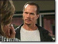 Les Feux de l'Amour, épisode N°7355 diffusé le 9 avril 2002 sur cbs aux USA