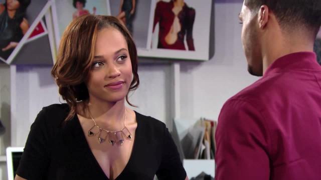 Amour, Gloire et Beauté - Top Models, épisode N°7377 diffusé le 18 juillet 2016 sur cbs aux USA