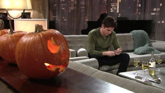 Les Feux de l'Amour, épisode N°11033 diffusé le 18 octobre 2016 sur cbs aux USA