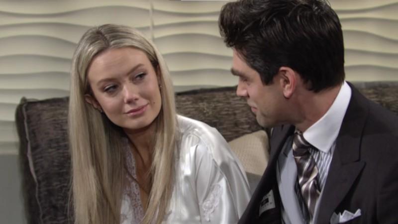 Les Feux de l'Amour, épisode N°12000 diffusé le 1 décembre 2020 sur cbs aux USA