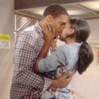 Amour, Gloire et Beauté : Dayzee (Kristolyn Lloyd) et Marcus (Texas Battle) ne savent pas encore ce qui les attend...