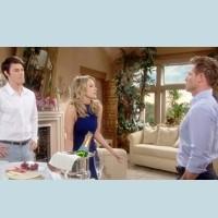 Amour, Gloire et Beauté : Caroline (Linsey Godfrey) discute de la situation avec Rick et Thomas.