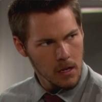 Amour, Gloire et Beauté : Liam (Scott Clifton) est en colère...