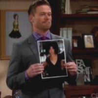 Amour, Gloire et Beauté : Rick (Jacob Young) propose à Maya de reprendre son poste.