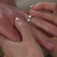 Amour, Gloire et Beauté : Hope (Kimberly Matula) est bouleversée mais veut aller de l'avant...