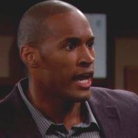 Amour, Gloire et Beauté : Carter (Lawrence Saint-Victor) vient d'apprendre que Maya a parlé à Rick!