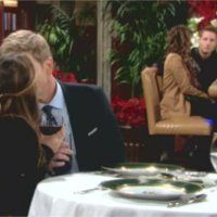 Les Feux de l'Amour, épisode N°10555 diffusé le 8 décembre 2014 sur cbs aux USA
